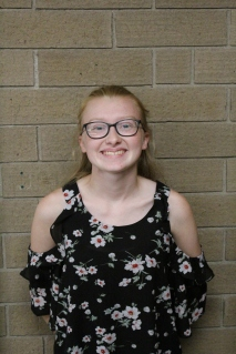 Baylee Comer, Co-Editor-in-Chief, Features Editor